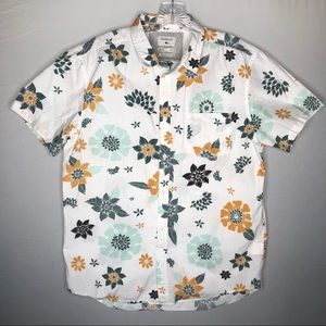 Quicksilver Mens Floral Hawaiian Button Down Shirt